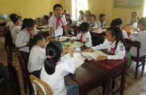 Sử dụng phương pháp nhóm đối với học sinh dân tộc thiểu số ở tiểu học